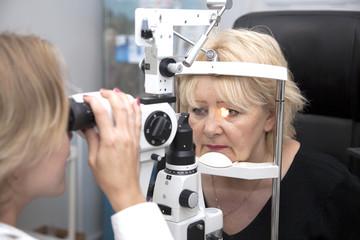 הסרת משקפיים בלייזר דרך קופות החולים